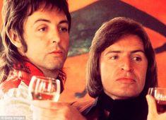 Famous brothers: Mike and Paul McCartney in 1974... http://dailym.ai/1tfXJPG#i-b0290eab