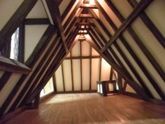 awesome Tudor dollhouse
