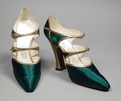 Pair of Woman's Bar Shoes Hellstern & Sons (France, Paris) France, circa 1918 Costumes; Accessories Silk satin, leather 9 x 2 x 5 in. Ganna Walska, gift of Hania P. Tallmadge Costume and Textiles 20s Fashion, Art Deco Fashion, Fashion History, Fashion Shoes, Fashion Accessories, Vintage Fashion, Edwardian Fashion, Gothic Fashion, Trendy Fashion
