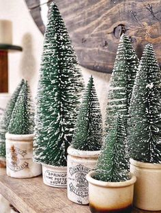 58 Gorgeous Farmhouse Christmas Tree Decoration Ideas - Page 10 of 58 - Choti Decor Rustic Christmas, Christmas Home, Vintage Christmas, Christmas Crafts, Christmas Christmas, Christmas Vignette, Christmas Ideas, Xmas, Christmas Island