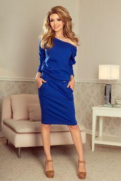 Modele noi de Rochii de iarna modele diverse, elegante sau casual, la cele mici preturi. Avem si rochii tricotate.Livrare Gratuita! Unique Fashion, Timeless Fashion, Day Dresses, Dresses For Work, Royal Blue Color, Sweatshirt Dress, V Neck Dress, Beautiful Dresses, Fashion Dresses