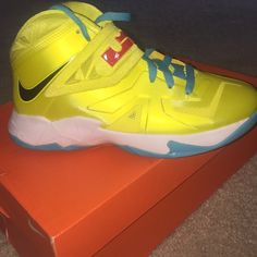 LeBron Soldier 7s 9/10 condition Shoes Sneakers