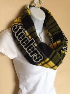 New to Sewdivine77 on Etsy: Pittsburgh Steelers infinity fleece scarf (15.00 USD)