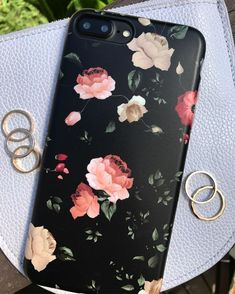Some Florals for our Wednesday with the Dark Rose Case for iPhone 7 & iPhone 7 Plus from Elemental Cases Diy Iphone Case, Iphone Cases, Iphone 8 Plus, Iphone Price, Accessoires Iphone, Aesthetic Phone Case, Cute Phone Cases, Apple Products, Apple Iphone 6