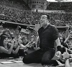Bruce Springsteen... une soirée comme les autres pour le Boss et son E Street Band. Rockin'all over the world !