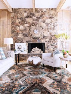 4 Classic Rug Trends Get a New-Year Update via @domainehome THE XAVIER RUGS FOR SURE!