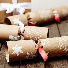 Recycled Snowflakes Brown Christmas Crackers