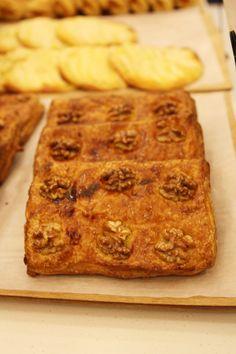 고소한 호두와 바삭한 파이의 식감이 어우러진 '엘리게이터 파이'~!! @롯데백화점 프랑가스트