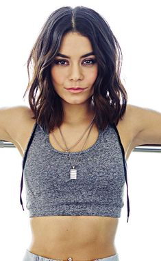 excellent wallpaper Vanessa Hudgens fitness photoshoot 2018 9501534 wallpaper Having a healthy and fit body Vanessa Hudgens Short Hair, Vanessa Hudgens Style, Vanessa Hudgens Makeup, Short Hair With Bangs, Hairstyles With Bangs, Short Hair Styles, Gabriela Montez, Fitness Photoshoot, Models