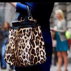 Leopard bag    Loveeee this