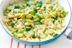 Pasta with zucchini and chicken in a curry sauce A matter of taste - Jedzenie - Makaron Diet Recipes, Cooking Recipes, Healthy Recipes, Recipies, Chicken Zucchini Pasta, Curry Sauce, Summer Recipes, Potato Salad, Pasta Salad