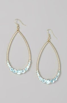 Aqua & Gold Open Teardrop Earrings I don't usually go for yellow gold but these are pretty :)