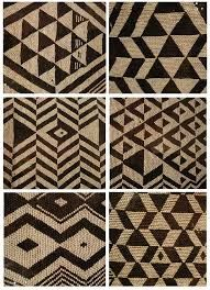 The power of black & white :-) beaded patterns from the folk art museum Maori Patterns, Textile Patterns, Beading Patterns, Print Patterns, Maori Designs, Tribal Designs, Pattern Art, Pattern Design, Polynesian Art
