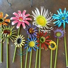 Images Aluminum Can Flowers, Aluminum Can Crafts, Metal Crafts, Aluminum Cans, Tin Can Art, Soda Can Art, Tin Art, Soda Can Flowers, Tin Flowers