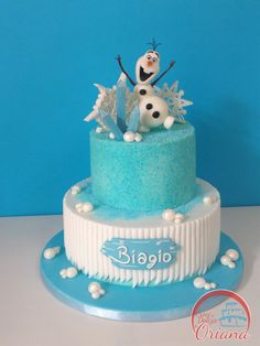 Torta Frozen – Olaf | torta Olaf, Frozen cake, Olaf cake http://blog.giallozafferano.it/crociedeliziedioriana/2016/02/torta-frozen-olaf.html