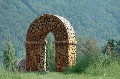 Laerchen-Tor by Urs P. Twellmann: twellmann.ch