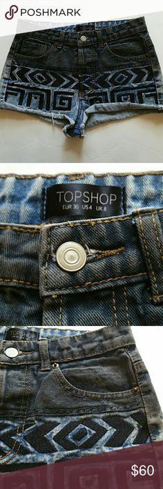 "TOPSHOP High Rise short size 4 NWOT MEASURES Waist 14"" Rise 10"" Inseam 1 1/2"" Topshop Shorts Jean Shorts"