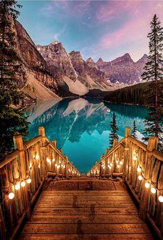 Moraine Lake, Alberta, Canada @nois7