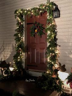 christmas home front doors colonial the outsiders lisa christmas decorations - Colonial Christmas Decor