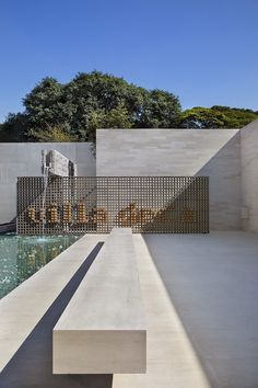 pool / Villa Deca by Guilherme Torres