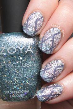 Adventures In Acetone: Zoya Magical Pixies Nail Art: Crisscross Texture Gradient Revisited! Zoya Caitlin + Zoya Magical Pixie in Lux, Cosmo & Vega