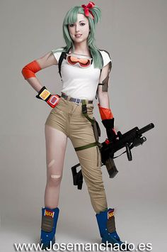Bulma Briefs Cosplay