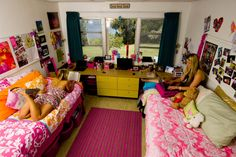 This is exactly what my daughters dorm room looks like she will be staying in the Snyder Hall, cant wait to see how her and her roommate decorate it!