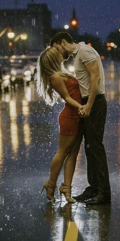 Beautiful Romantic Pictures, Love Wallpapers Romantic, Beautiful Gif, Romantic Love, Love You Gif, Love You Images, Cute Love Gif, Love Photos, Cute Couples Kissing