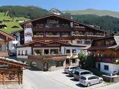 Hotel ALPIN-SPA TUXERHOF - Vorderlanersbach im Zillertal Hotels, Wellness, Spa, Mansions, House Styles, Home Decor, Environment, Vacation, Decoration Home