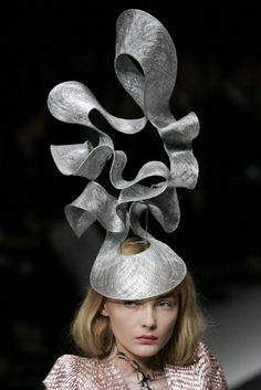 Viktor Tapok: Шляпы от великих кутюрье