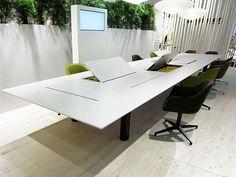 The versatile Kuubo office table