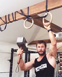 Hardware Store ScarJo Thors Pull-up Routine & a Slight Inception Update
