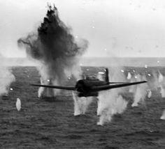 Japanese torpedo bomber attacking USS Yorktown http://25.media.tumblr.com/tumblr_m13qjzlq2C1rq1koeo1_500.jpg