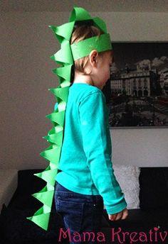 dino kost m selber machen dinosaur dinosaurier crafts basteln kost m kinder mama. Black Bedroom Furniture Sets. Home Design Ideas