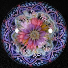 Heart Warmer ~ by Tomomi Handa - marble Cristal Art, Blown Glass Art, Marble Art, Glass Marbles, Glass Flowers, Glass Paperweights, Glass Ball, Stained Glass Windows, Paper Weights