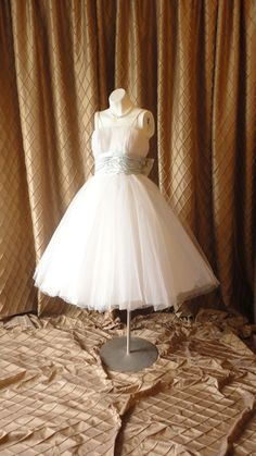 50s Dress // Vintage 1950s White Tulle Ballerina Prom Dress Wedding Dress with Silver and Blue Metallic Waist by Cotillion Formals Size XS