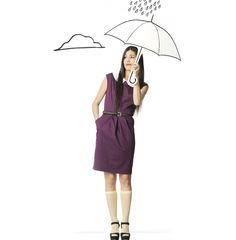 Violet Olivia dress by Bainha de Copas and umbrella