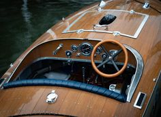 Bugbite is a 17 ft traditional was built in 2019 by Kevin Fitzke to the original and much-loved 1935 design by A. The plans for Apel's design were Best Boats, Cool Boats, Yacht Design, Boat Design, Wooden Speed Boats, Wood Boat Plans, Sailboat Plans, Classic Wooden Boats, Classic Boat