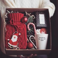 love gift boxes and baskets. Throw the coffee for me and make it tea or . Best Friend Christmas Gifts, Teenage Girl Gifts Christmas, Diy Christmas Gifts For Family, Christmas Gift Baskets, Diy Gifts For Friends, Xmas Gifts, Christmas Presents, Christmas Fun, Christmas Lights