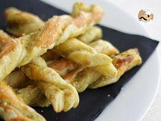 Ricetta Stuzzicherie : Treccine di pesto e parmigiano da Petitchef_IT
