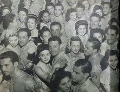 Foto de un baile de militares puertorriqueños en el Parque de Tortuguero. 1943. Cortesía: Universidad del Sagrado Corazón.