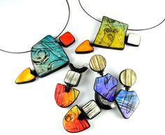 Vous trouverez ici quelques exemples des collections de bijoux que j'ai pu créer.