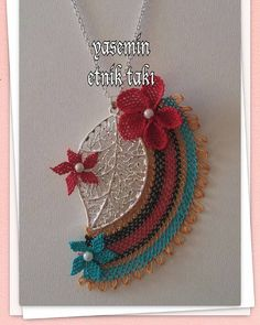 The brick stitch, likewise called the comanche stitch, is another typical yet basic bead stitch. The method the brick stitch looks is similar to the peyote stitch. Beaded Jewelry, Handmade Jewelry, Piercings, How To Make Necklaces, Peyote Stitch, Brick Stitch, Crochet Accessories, Textiles, Crochet Flowers