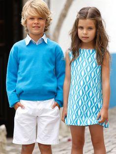 GIRLS BATIK PRINT A-LINE DRESS, BOYS CHECKED SHIRT, CASHMERE V-NECK PULLOVER AND COTTON TWILL SHORTS - Oscar de la Renta