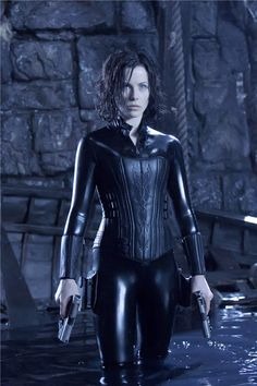 My all time favorite bad ass woman in a movie... Selene - Underworld