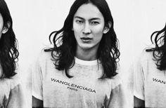 ¿Será verdad que Alexander Wang ha sido despedido de Balenciaga?