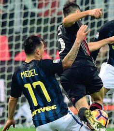 VISTO DAL basso    : CALCIO Milan-Inter, maglie indistinguibili: e la t...