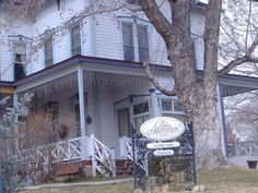Bliss Mansion Endereço : 710 Ocidente Robinson St.  Cidade : Carson City, Nevada