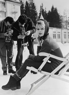 Later in 1958, she posed at the famous resort of Cortina d'Ampezzo, Italy.