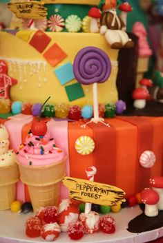 Willy Wonka & Candyland Birthday Party Ideas | Photo 1 of 41 | Catch My Party